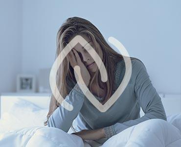 Jeune femme souffrant de troubles du sommeil