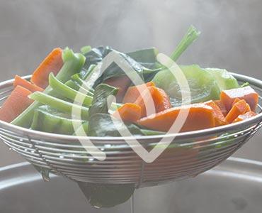 Cuisson légumes à la vapeur pour conservation des qualités nutritives